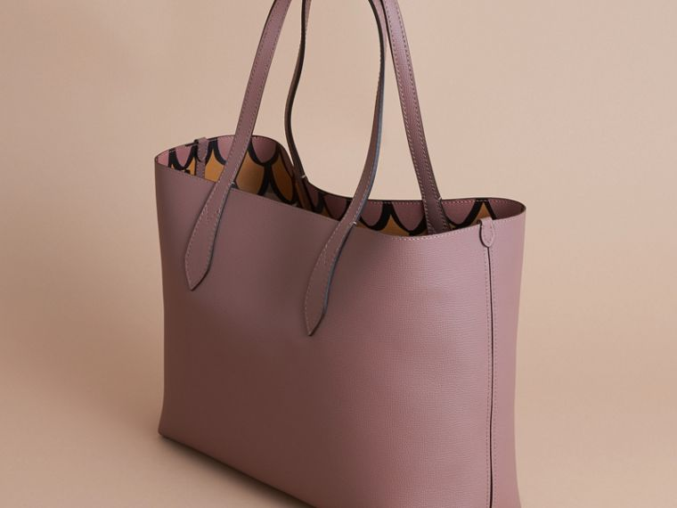 The Medium Reversible Tote in Trompe L'oeil Print - cell image 4