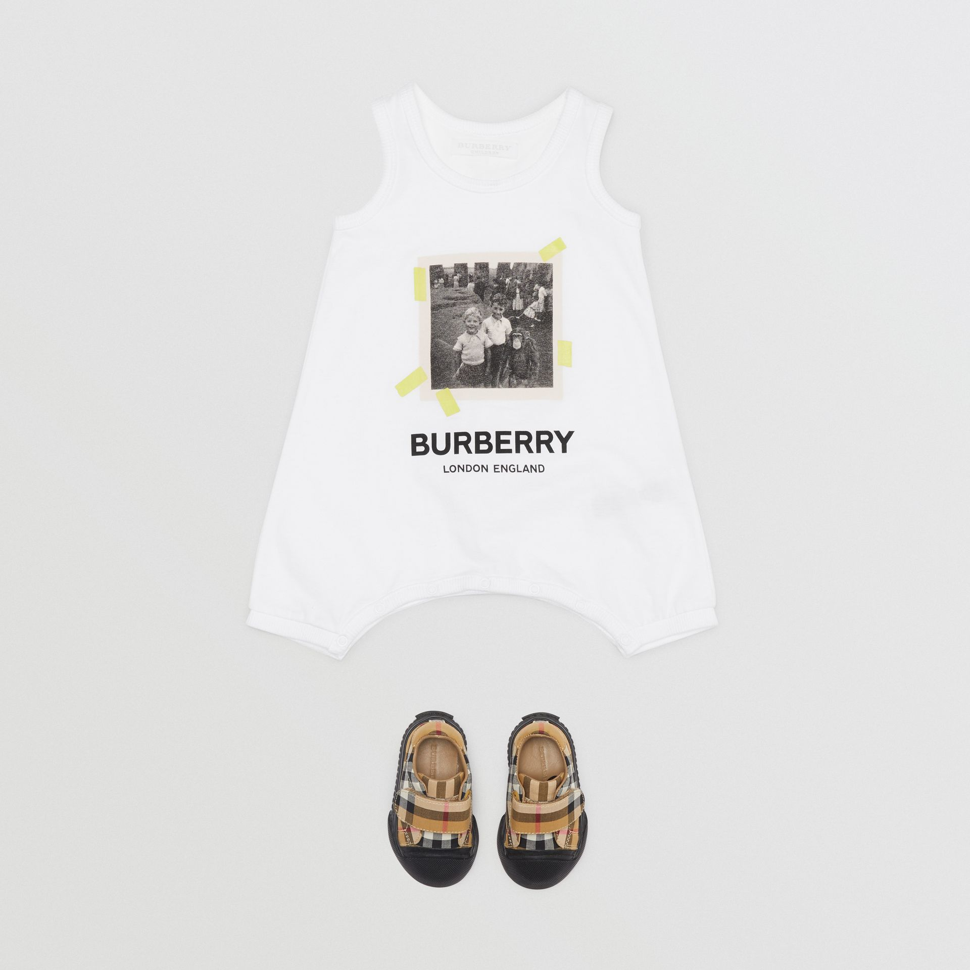 Vintage Photo Print Cotton Bodysuit in White - Children | Burberry - gallery image 2