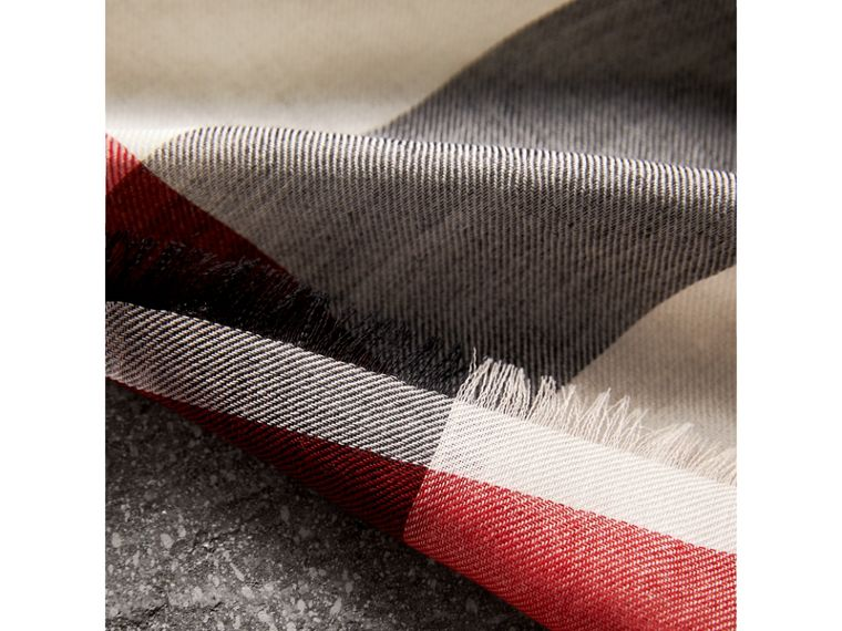 Lightweight Check Cashmere Scarf in Stone | Burberry - cell image 1