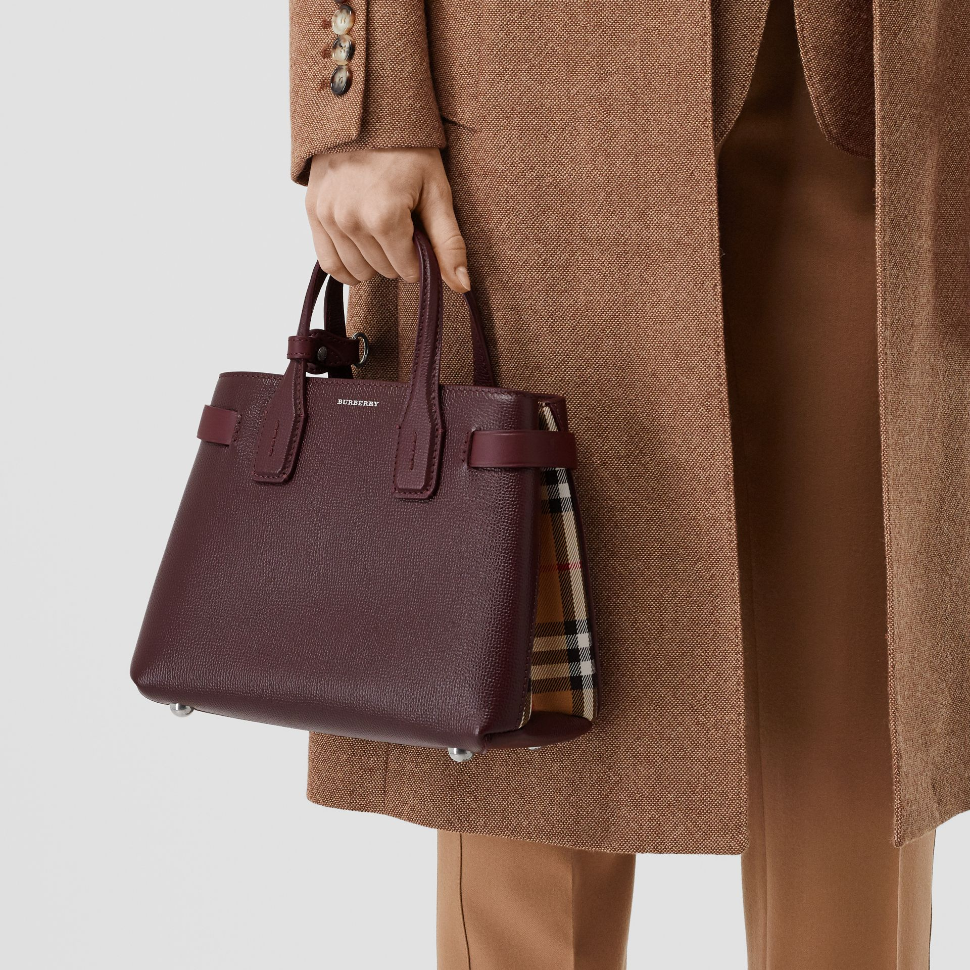 The Small Banner Bag in Leather and Vintage Check in Mahogany Red - Women | Burberry United Kingdom - gallery image 8