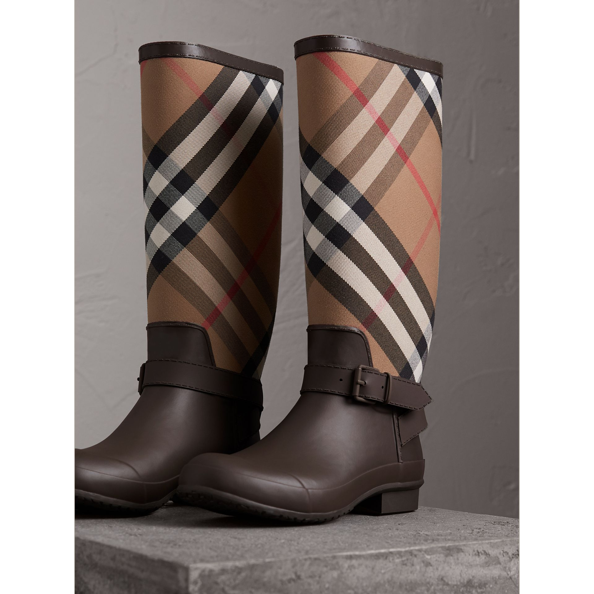 Belt Detail House Check and Rubber Rain Boots in Bitter Chocolate - Men | Burberry - gallery image 5