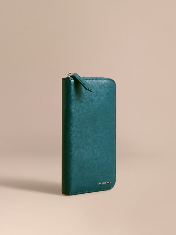 London Leather Ziparound Wallet in Dark Teal