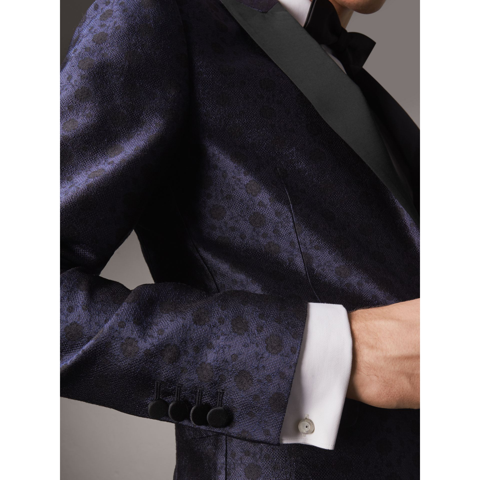Soho Fit Silk Wool Jacquard Evening Jacket in Navy - Men | Burberry - gallery image 5