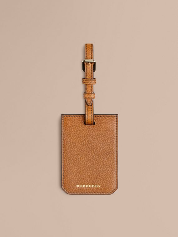 Grainy Leather Luggage Tag in Tan