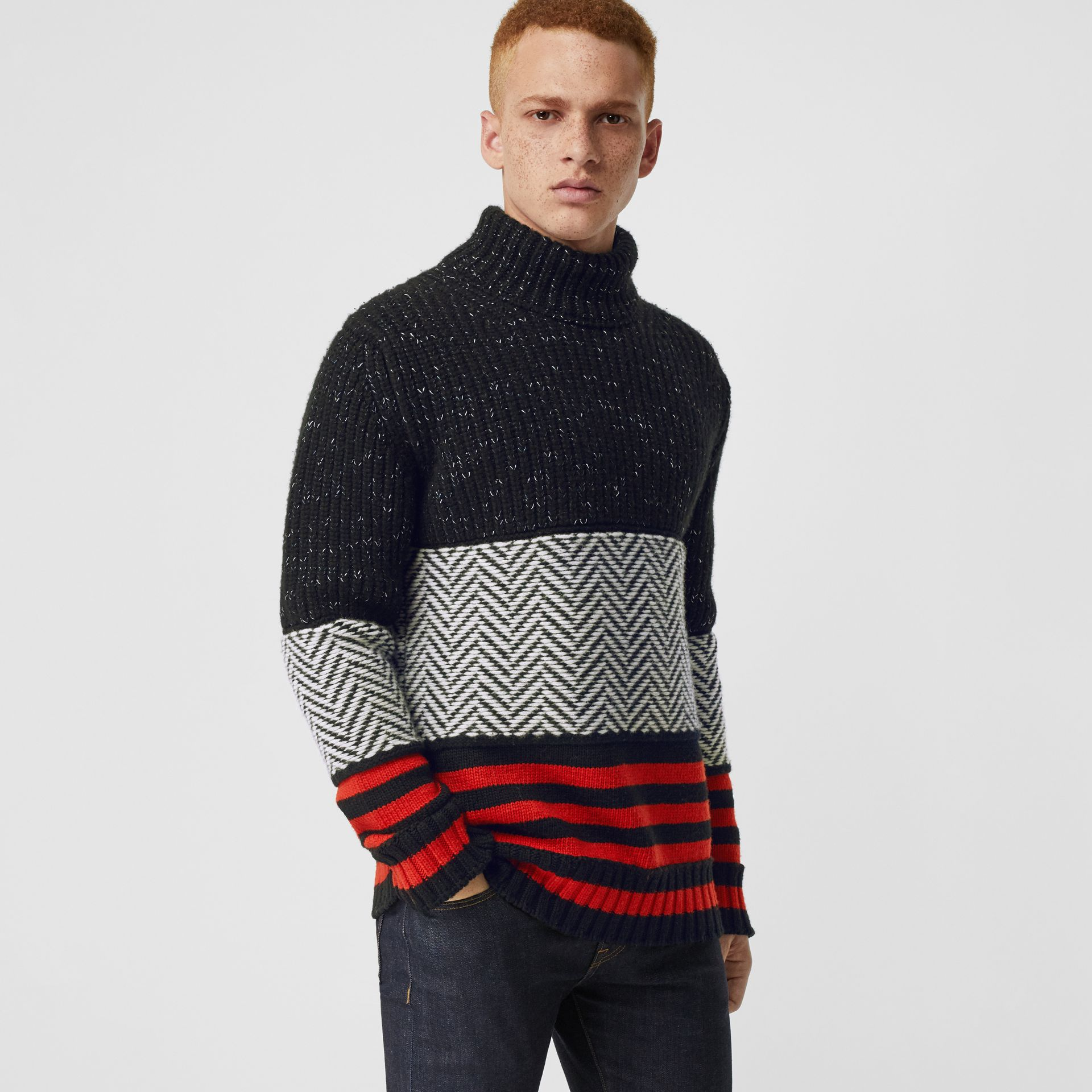 Contrast Knit Wool Cashmere Blend Sweater in Black - Men | Burberry - gallery image 5
