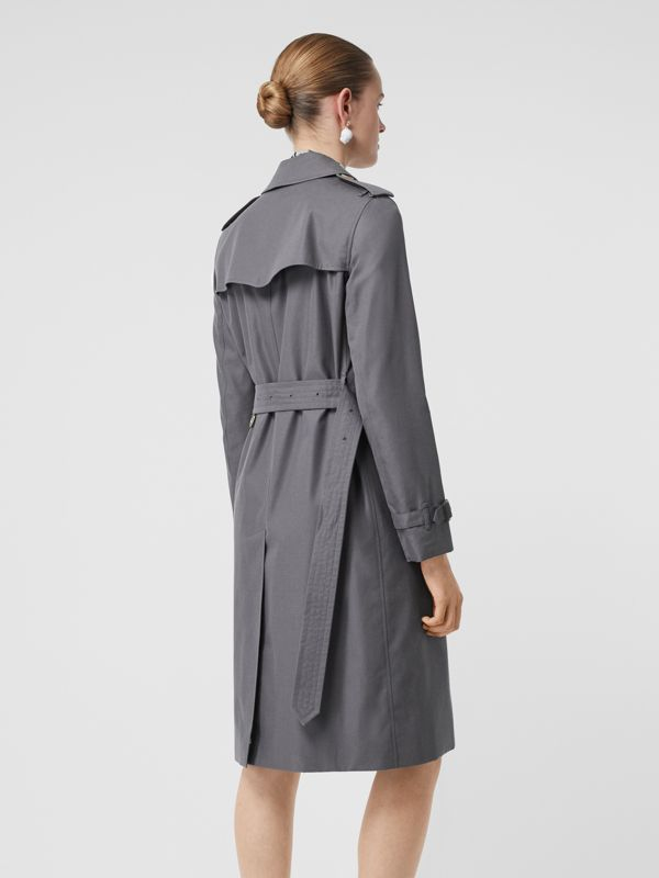 The Long Kensington Heritage Trench Coat in Mid Grey - Women | Burberry - cell image 2