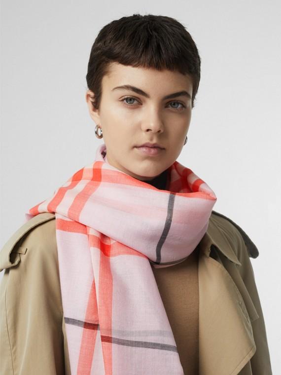 Echarpe de lã e seda com estampa xadrez (Rosa Claro)