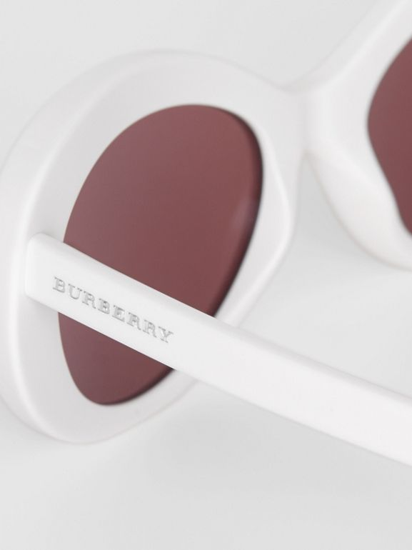 Cat-eye Frame Sunglasses in White - Women | Burberry Canada - cell image 1