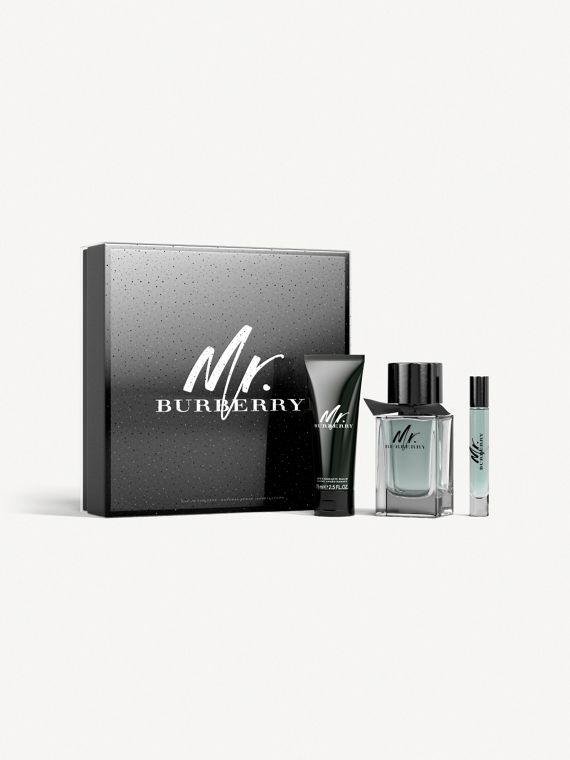Mr. Burberry Eau de Toilette Festive Luxury Set in No Colour