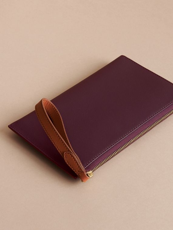 Two-tone Trench Leather Travel Wallet in Wine - Men | Burberry - cell image 2