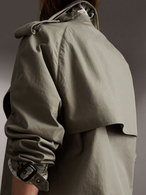 Unisex Tropical Gabardine Trench Jacket in Slate Green - Women | Burberry - cell image 3