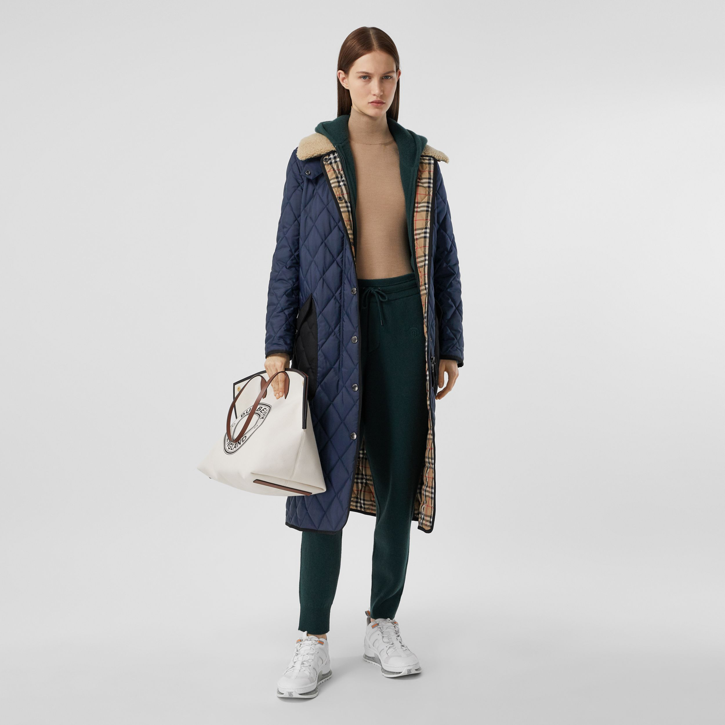 Detachable Fleece Collar Diamond Quilted Coat in Midnight Blue - Women | Burberry - 1