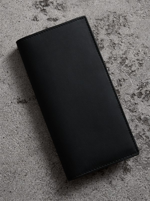 Trench Leather Continental Wallet in Black - Men | Burberry United Kingdom - cell image 2