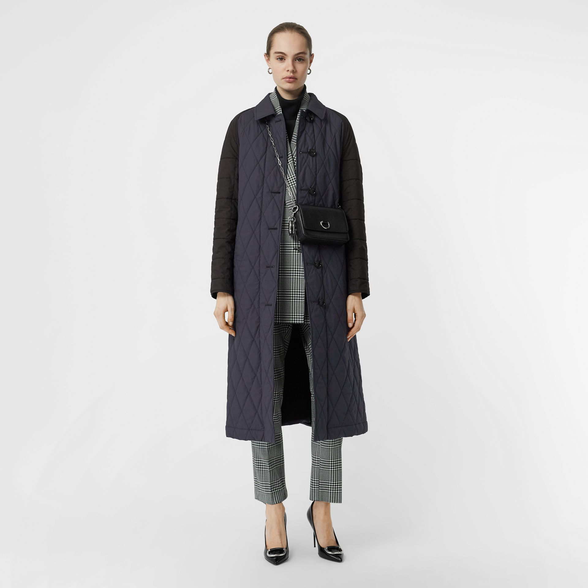 Reversible Contrast Sleeve Quilted Cotton Car Coat in Navy - Women | Burberry Singapore - gallery image 0