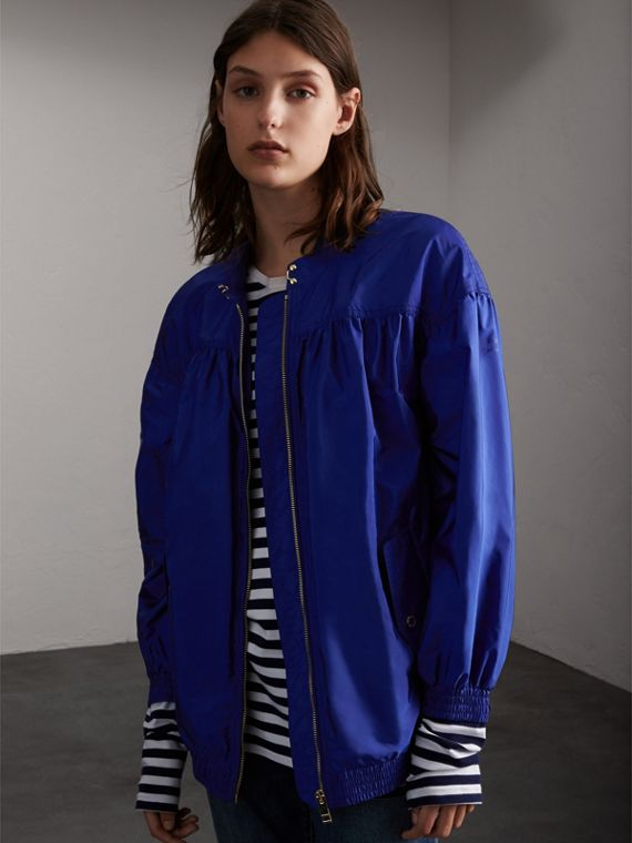 Ruched Showerproof Jacket in Sapphire Blue - Women | Burberry Australia