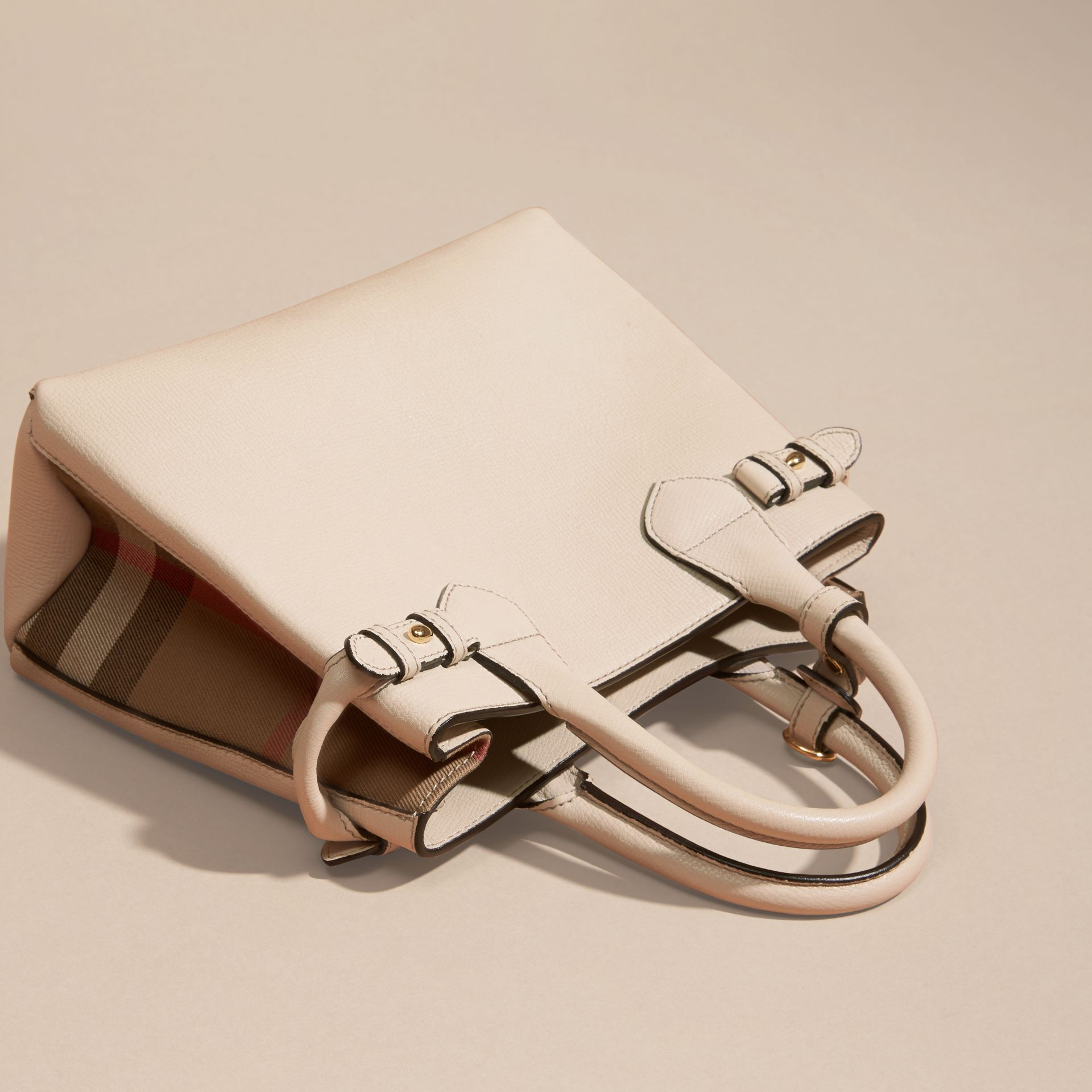 The Small Banner in Leather and House Check in Limestone - Women | Burberry Canada - gallery image 3