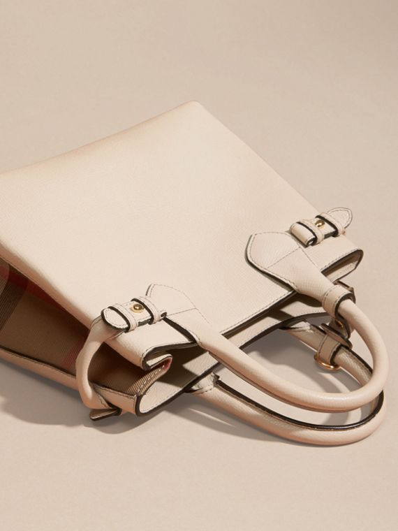 Petit sac The Banner en cuir et coton House check (Calcaire) - Femme | Burberry - cell image 3