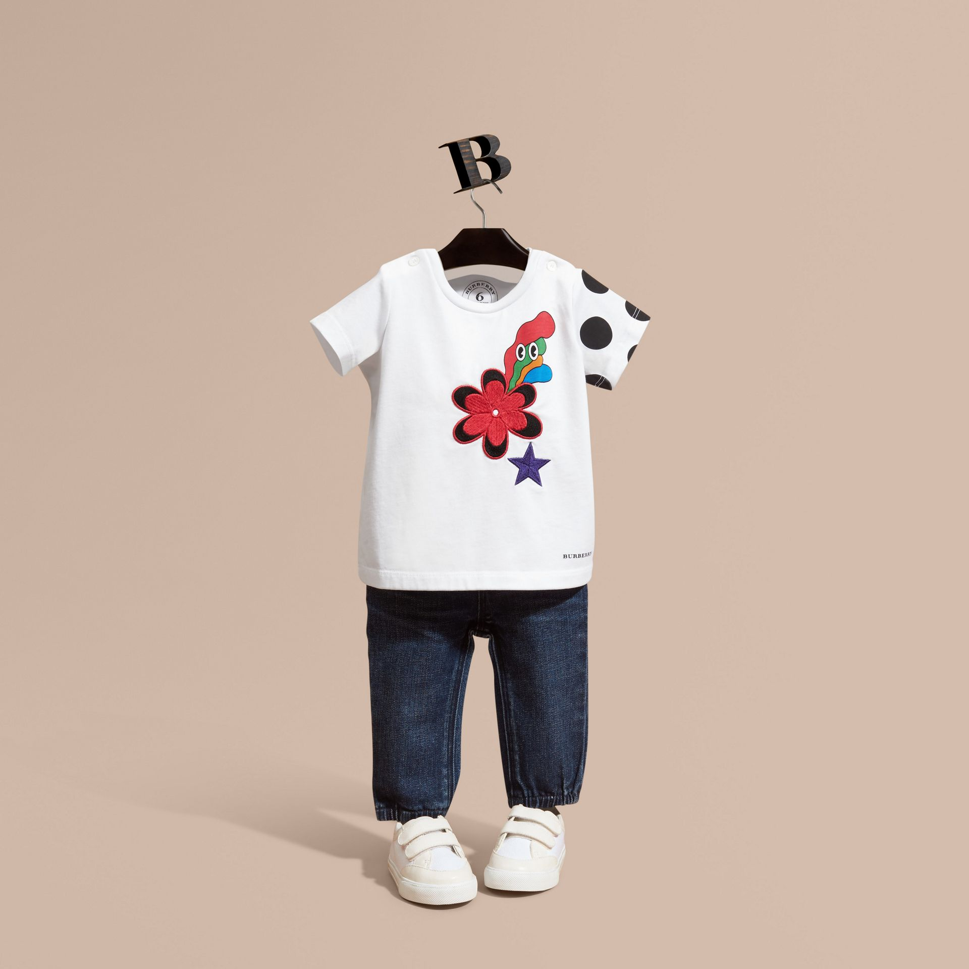 Embroidered Flower Burst Graphic Cotton T-Shirt - gallery image 1