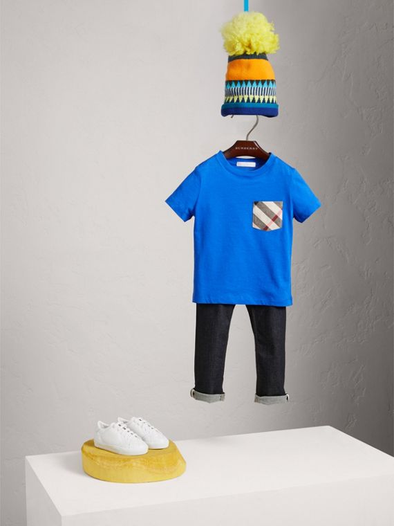 Check Pocket Cotton T-shirt in Cobalt Blue | Burberry United Kingdom - cell image 2