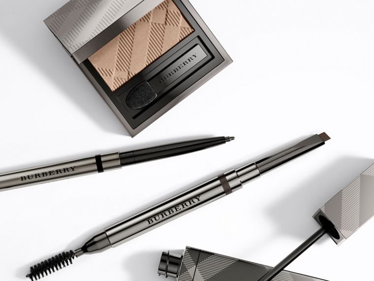 Effortless Kohl Eyeliner – Jet Black No.01 - Femme | Burberry - cell image 2