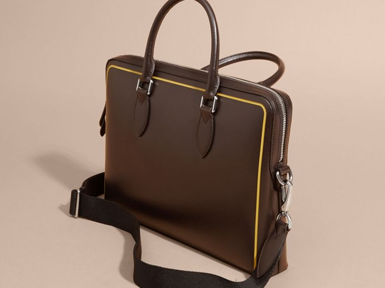 The Slim Barrow Bag in London Leather with Border Detail Peppercorn - cell image 4
