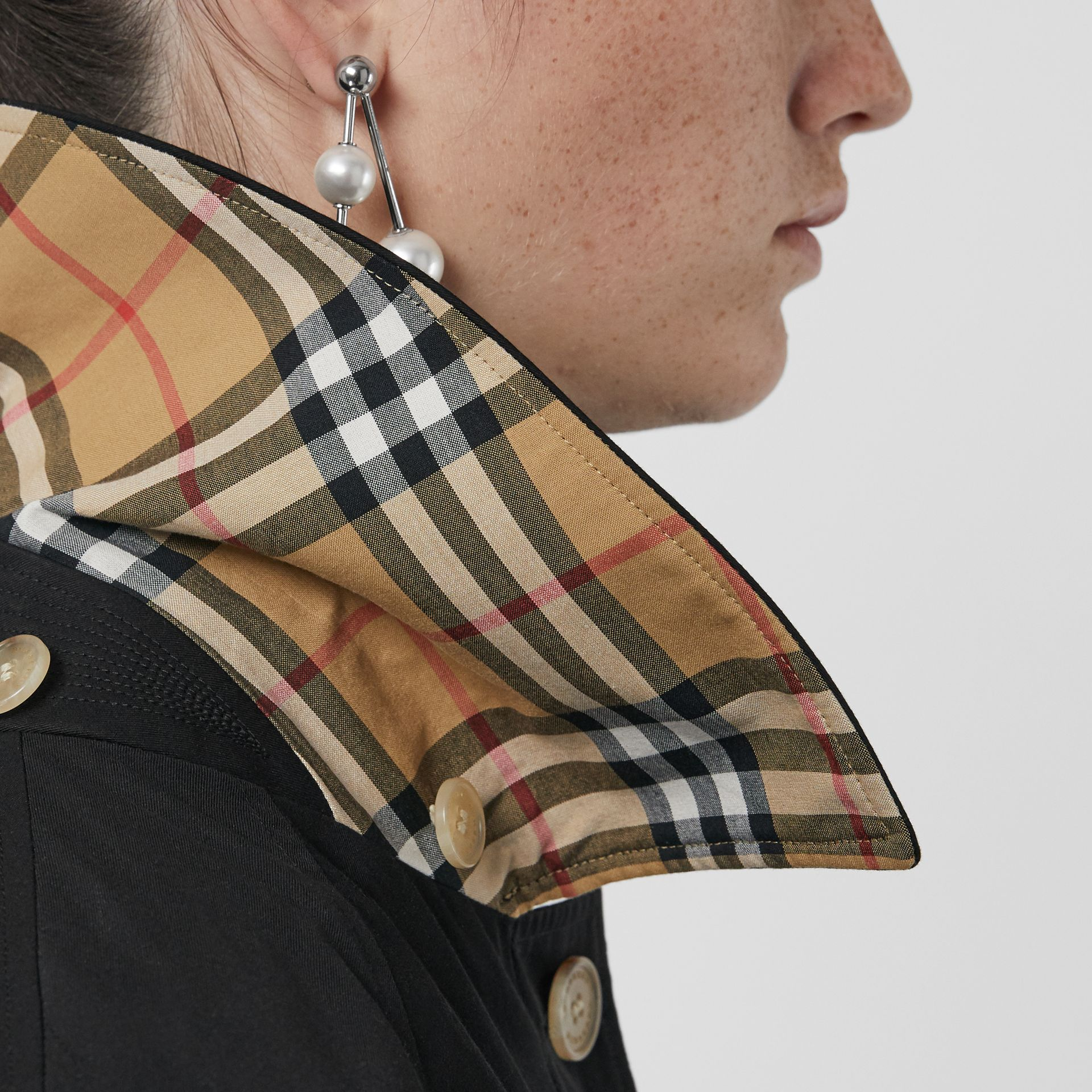Detachable Hood Oversized Car Coat in Black - Women | Burberry - gallery image 4