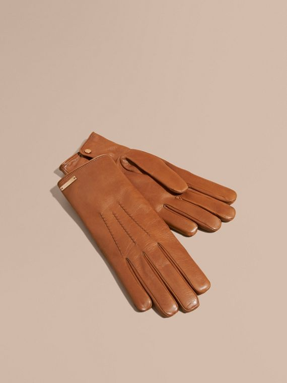 Cashmere Lined Lambskin Gloves in Malt Brown