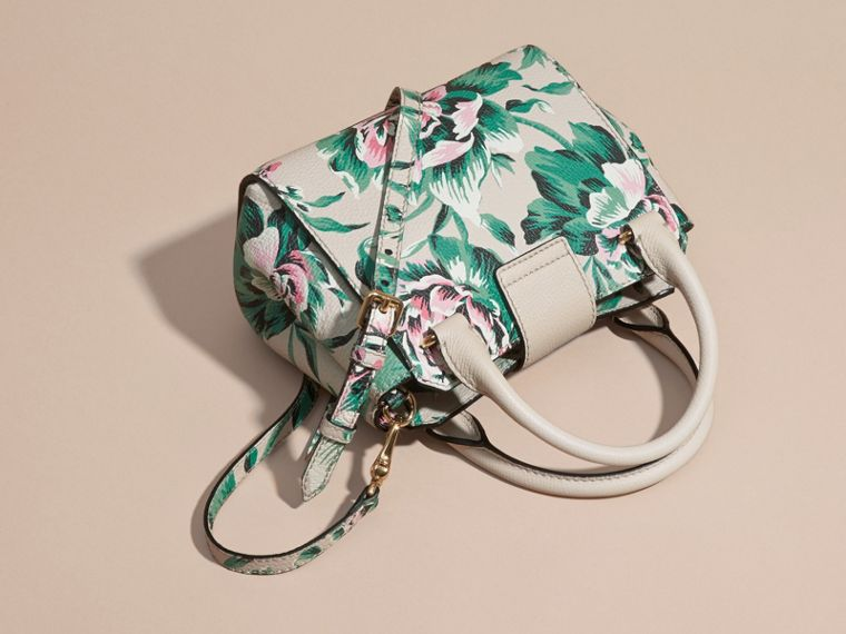 The Small Buckle Tote in Peony Rose Print Leather in Natural/emerald Green - cell image 4
