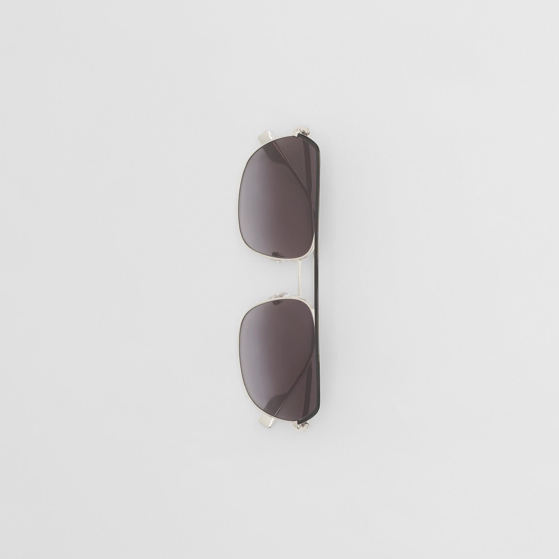 Square Pilot Sunglasses in Black - Men | Burberry - gallery image 2