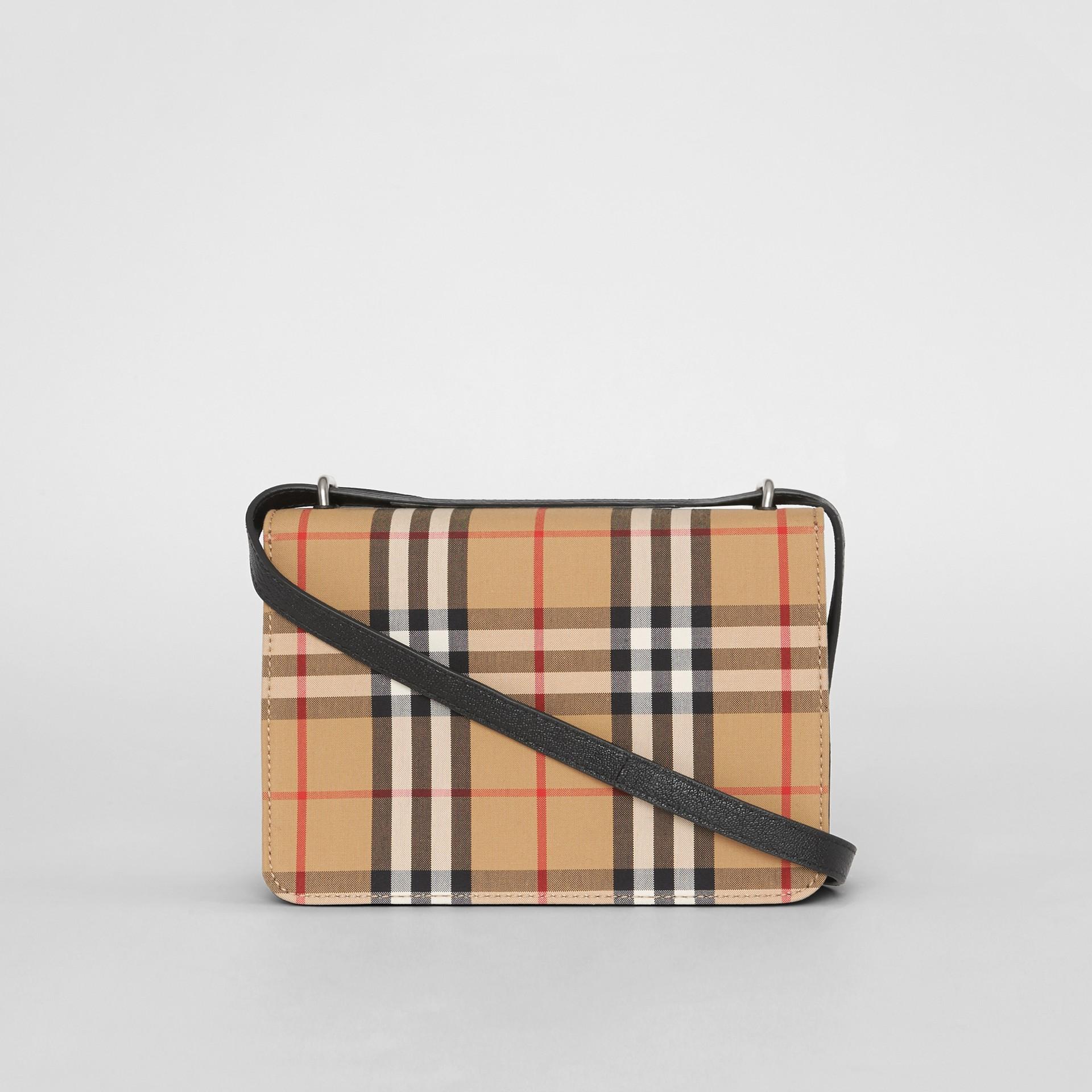 Petit sac TheD-ring en cuir et à motif Vintage check (Noir/jaune Antique) - Femme | Burberry - photo de la galerie 7