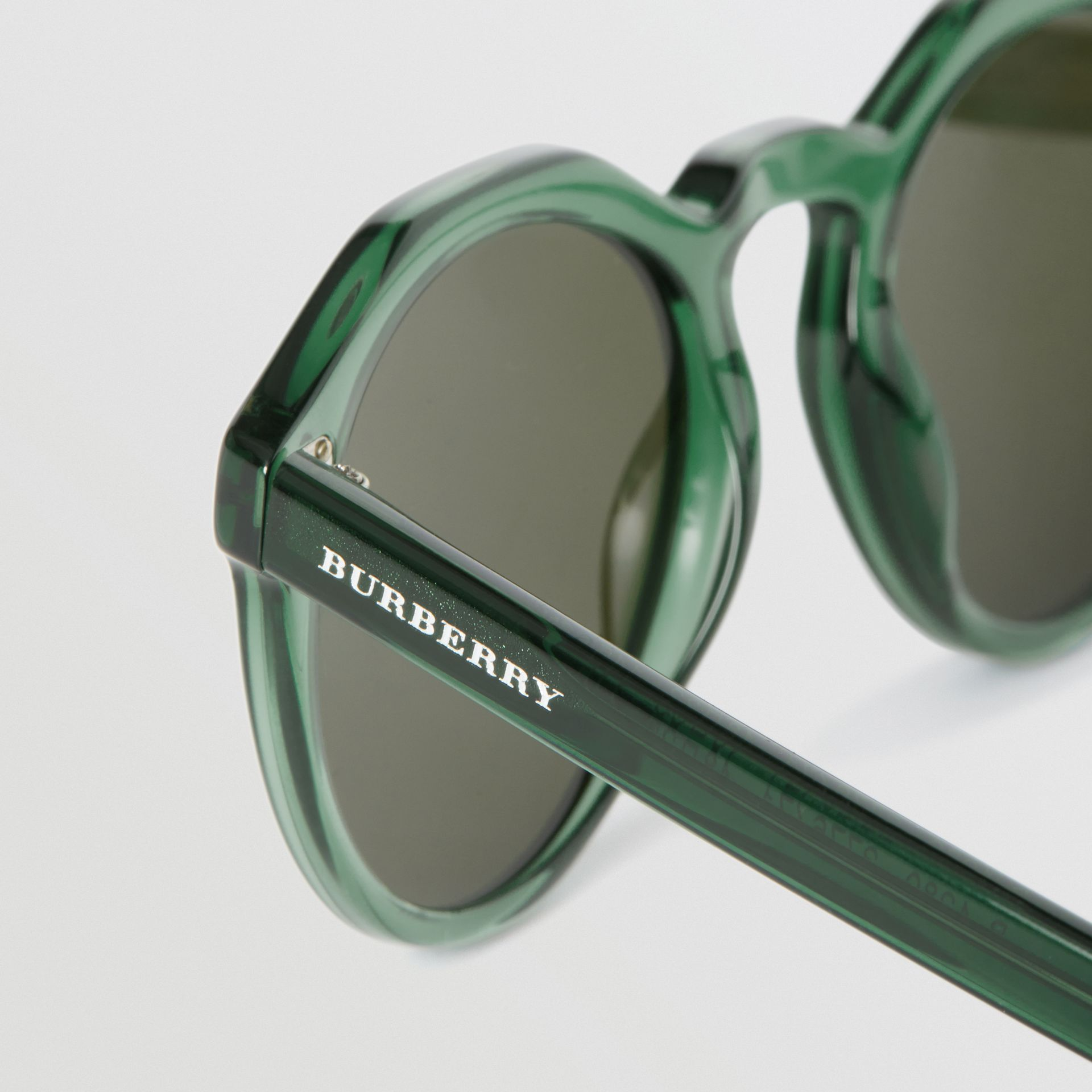 Keyhole Round Frame Sunglasses in Green - Men | Burberry - gallery image 1