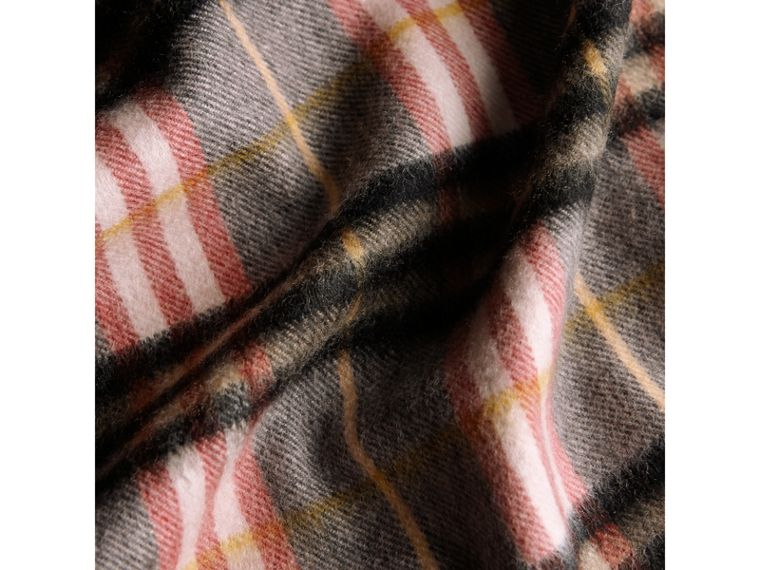 Check Cashmere Scarf in Ash Rose | Burberry - cell image 4