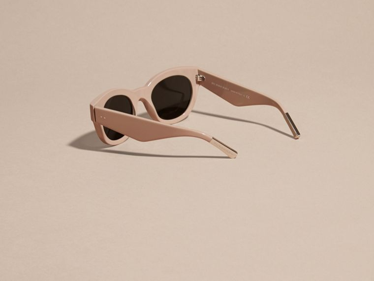 Nude Cat-eye Sunglasses Nude - cell image 4