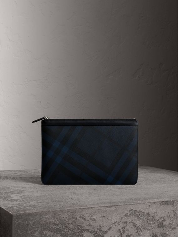 Zipped London Check Pouch in Navy/black