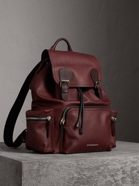 Grand sac The Rucksack en cuir imperméabilisé (Rouge Bourgogne)