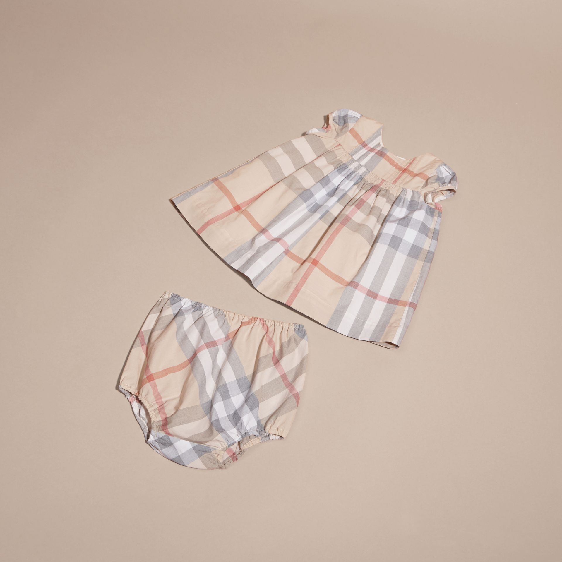 Cotton Six-piece Baby Gift Set in White | Burberry Canada - gallery image 5