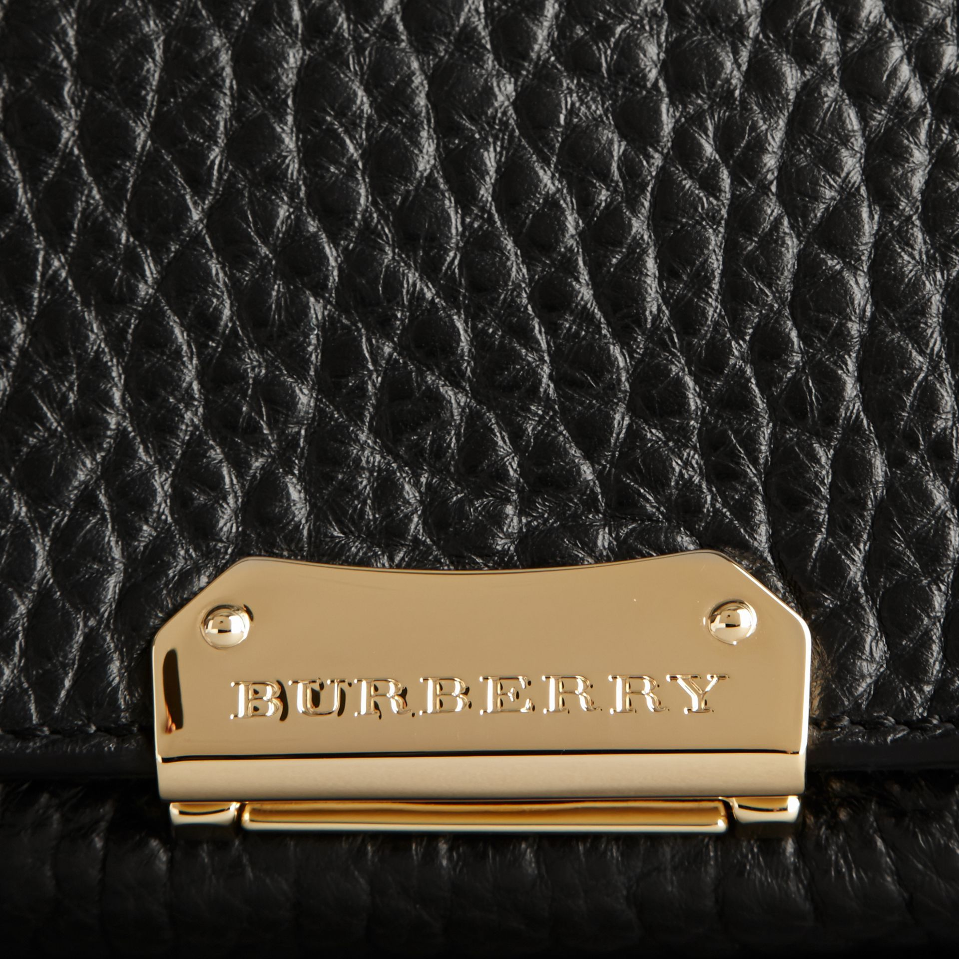 Black Medium Signature Grain Leather Clutch Bag - gallery image 2