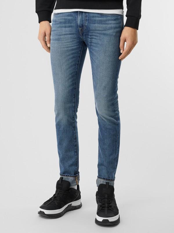 Jeans aus japanischem Selvedge-Denim mit schmaler Passform (Helles Indigo) - Herren | Burberry - cell image 3