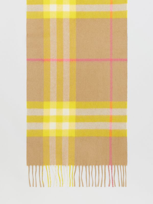 The Classic Check Cashmere Scarf in Archive Beige/yellow | Burberry Canada - cell image 3