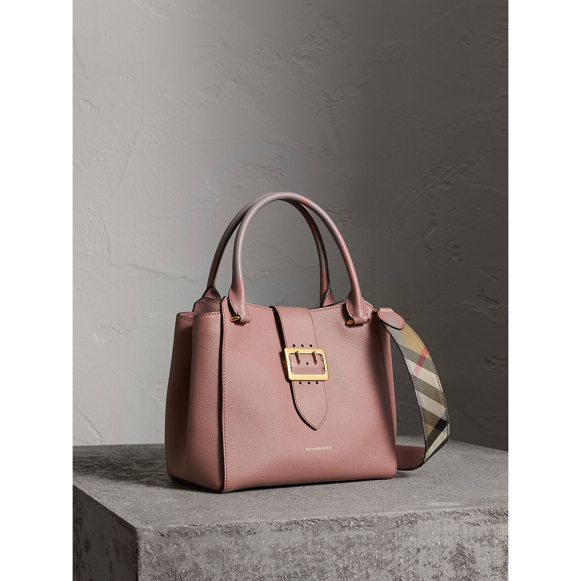 The Medium Buckle Tote in Grainy Leather in Dusty Pink - Women | Burberry - gallery image 8