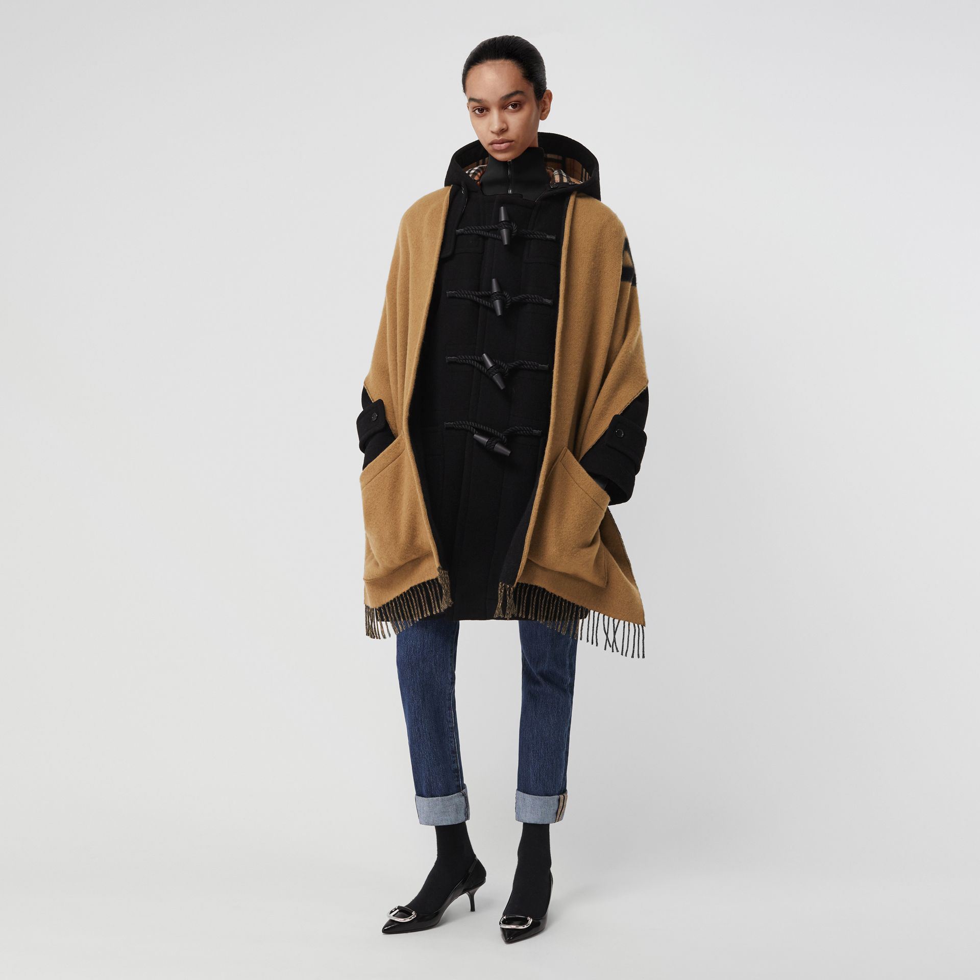 Wool Blend Duffle Coat in Black - Women | Burberry United Kingdom - gallery image 0