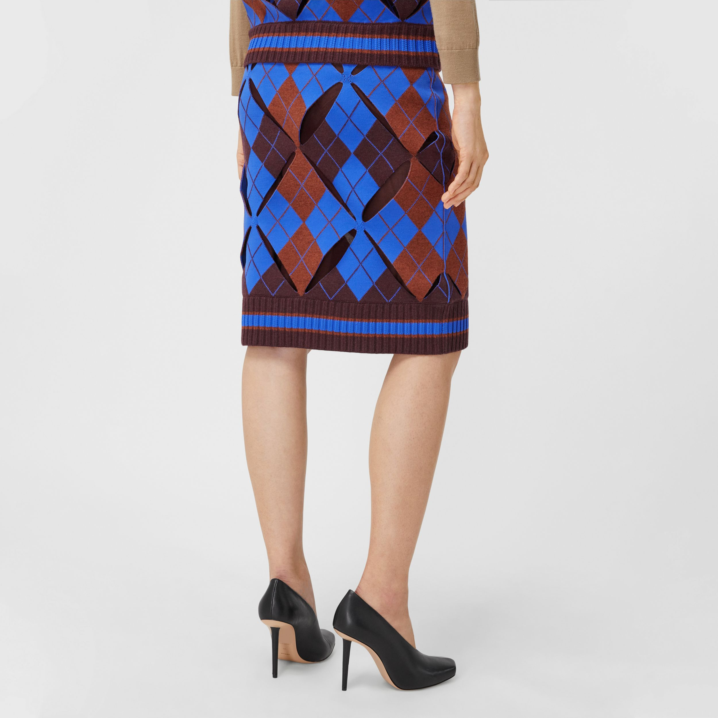 Cut-out Detail Argyle Technical Wool Jacquard Skirt in Bright Blue - Women | Burberry - 3