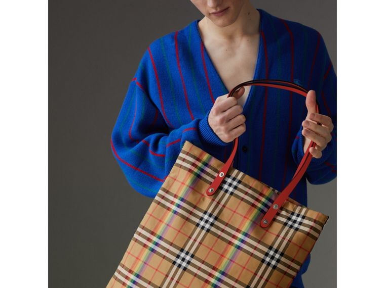 Large Rainbow Vintage Check Shopper in Bright Peony | Burberry - cell image 4