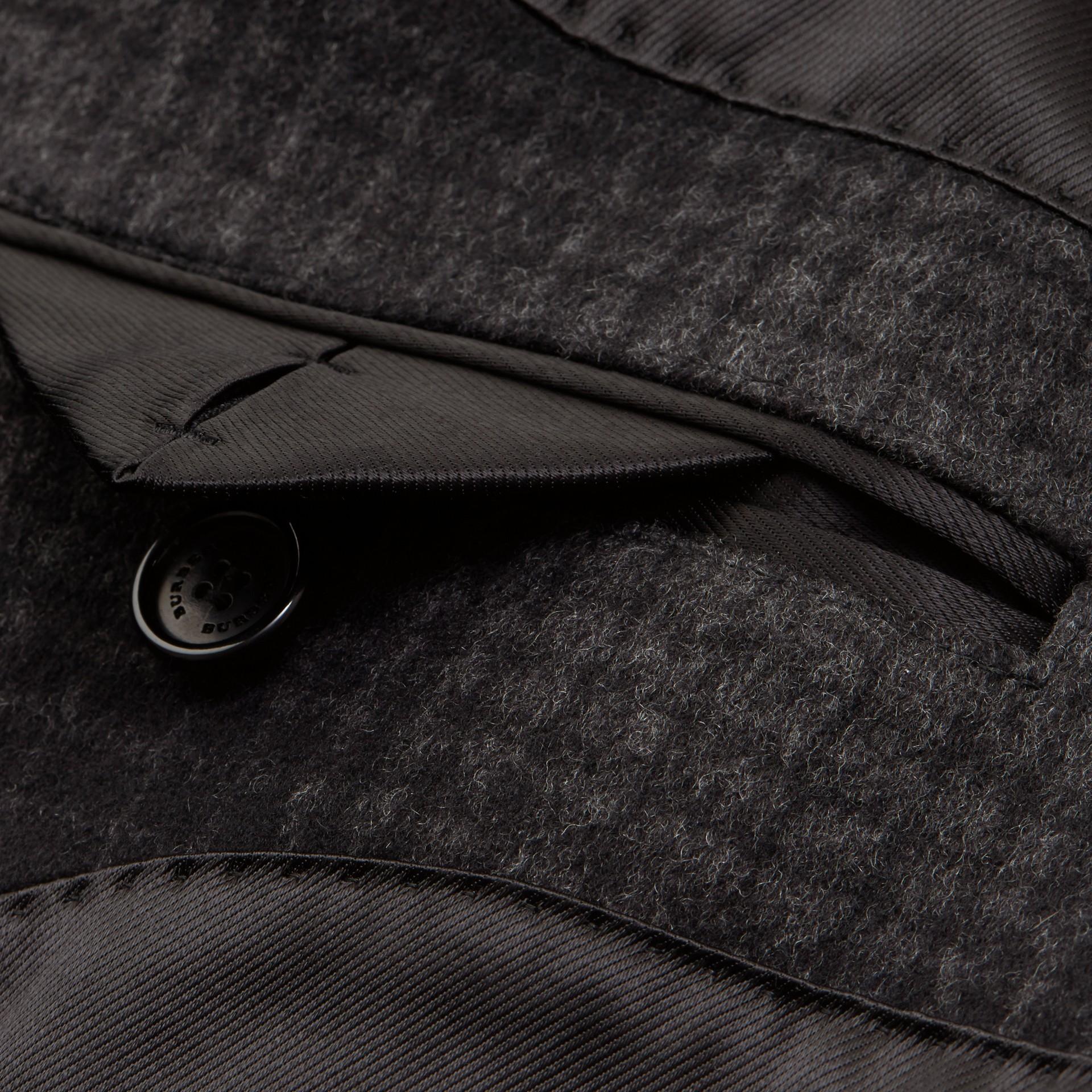 Camaïeu anthracite Manteau ajusté en laine et cachemire à motif check - photo de la galerie 2