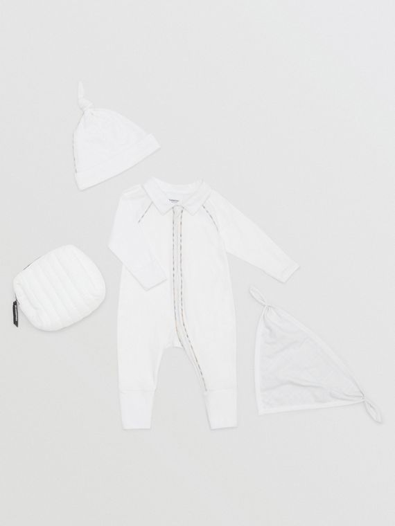 Check Trim Stretch Cotton Three-piece Baby Gift Set in White