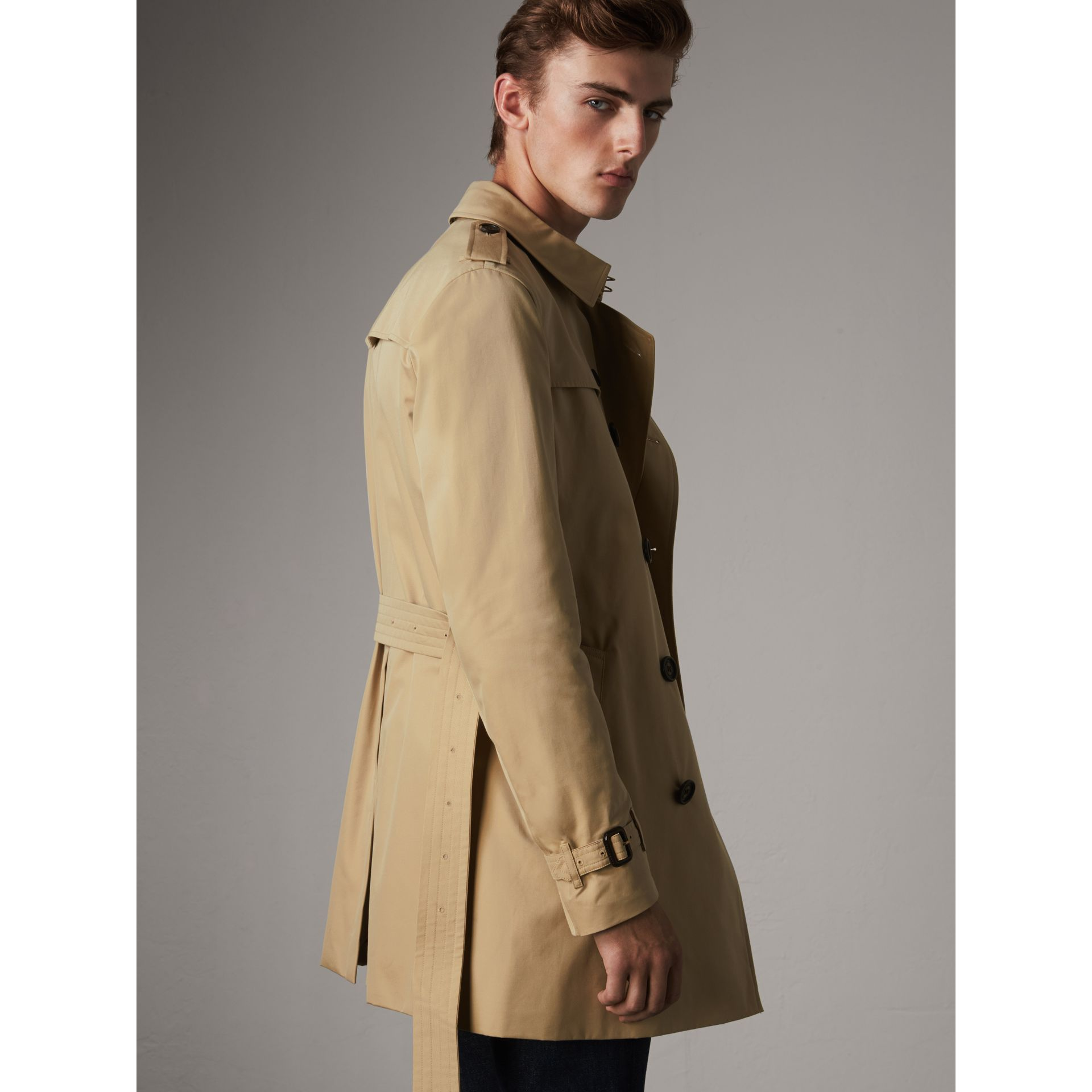 The Chelsea – Mid-length Trench Coat in Honey - Men | Burberry - gallery image 6