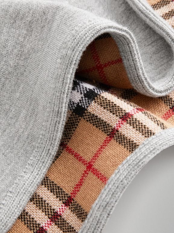 Reversible Check Merino Wool Jacquard Poncho in Grey Melange - Children | Burberry Hong Kong - cell image 1