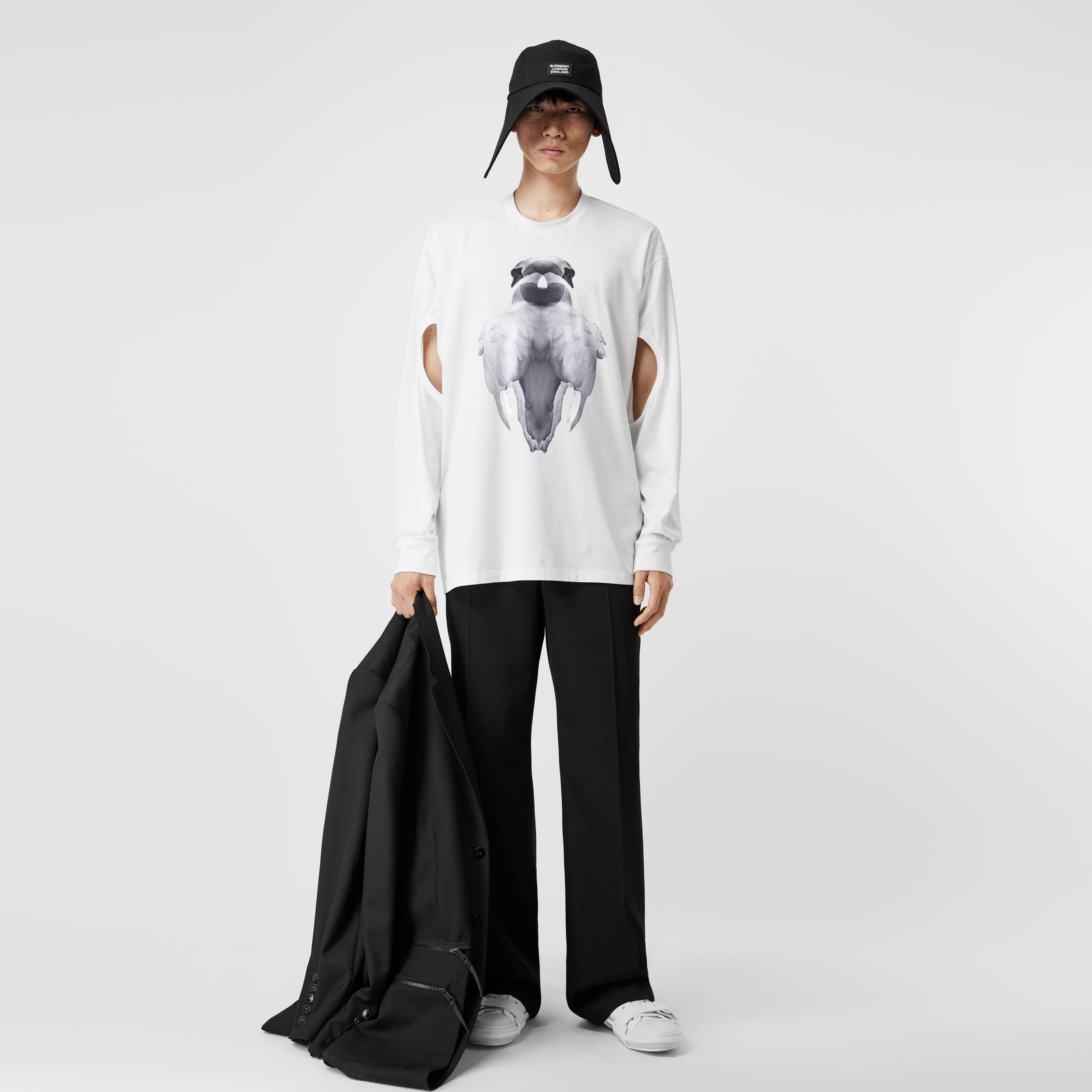 Cut-out Sleeve Swan Print Cotton Oversized Top in Optic White - Men | Burberry - 1