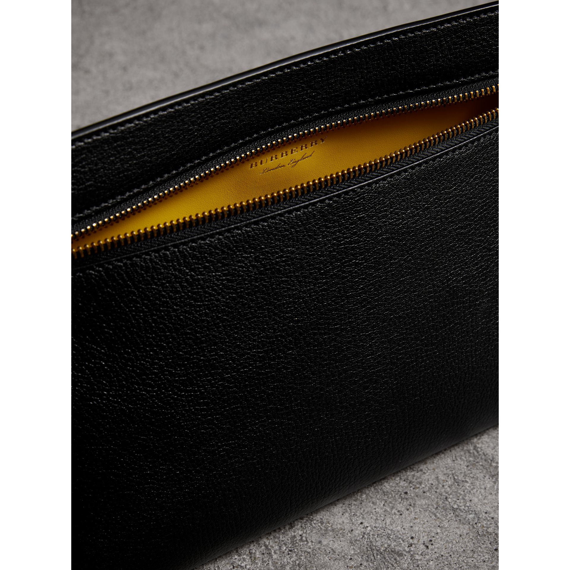 Grainy Leather Wristlet Clutch in Black - Women | Burberry - gallery image 5