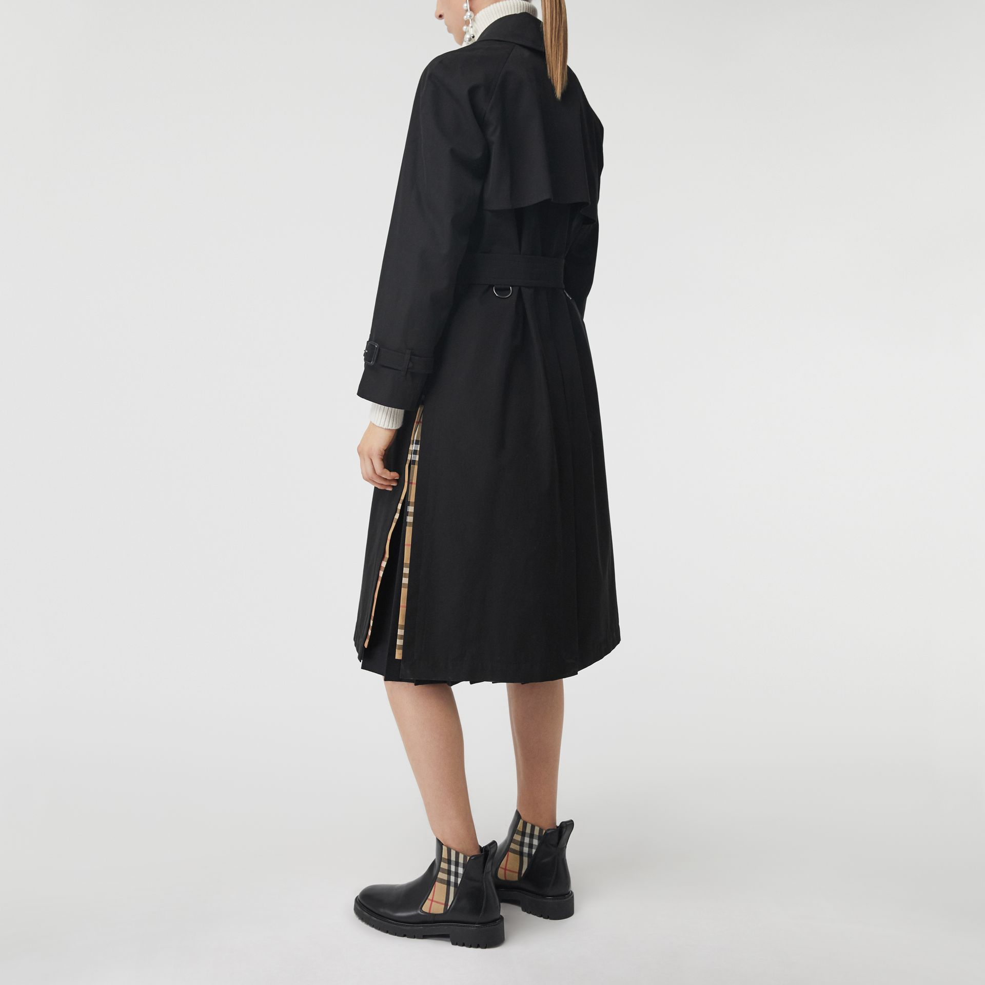 Side-slit Tropical Gabardine Trench Coat in Black - Women | Burberry United Kingdom - gallery image 2
